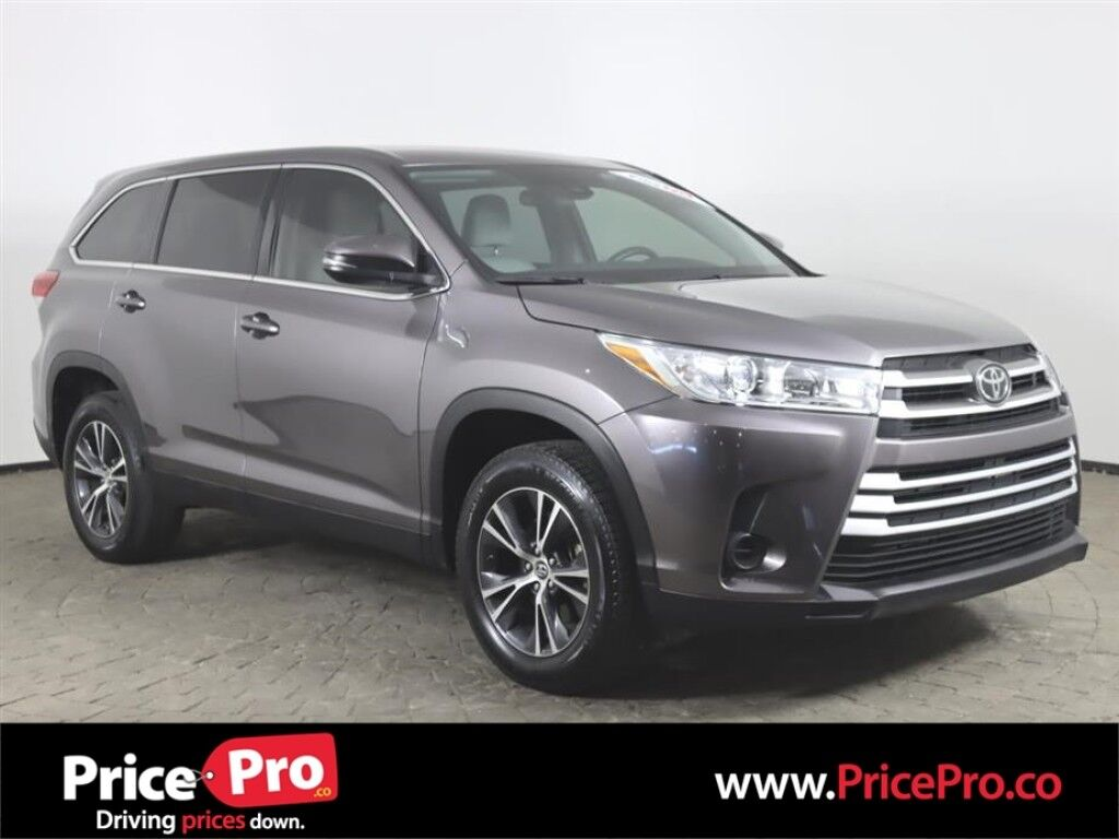 2019 Toyota Highlander LE w/3rd Row Seating/Adaptive Cruise Maumee OH
