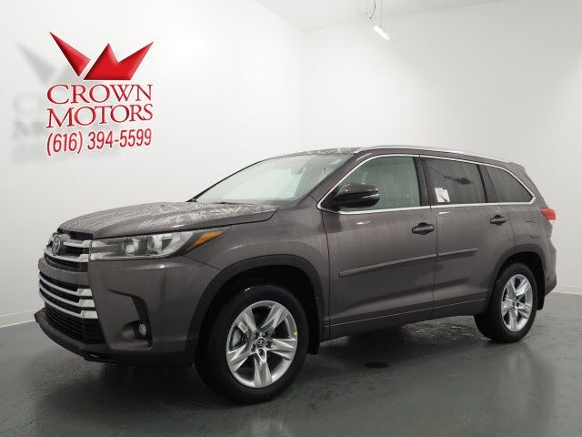 2019 Toyota Highlander Limited Oshkosh WI