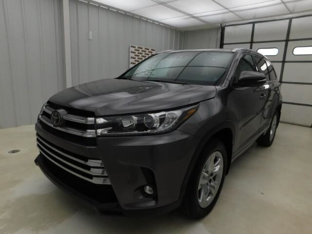 2019 Toyota Highlander Limited V6 AWD Manhattan KS