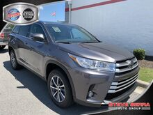 2019_Toyota_Highlander_SE_ Decatur AL