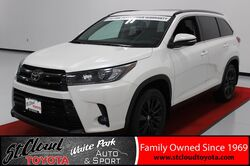 2019_Toyota_Highlander_SE_ St. Cloud MN