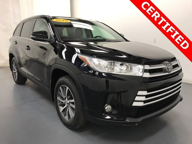 2019 Toyota Highlander XLE AWD Holland MI