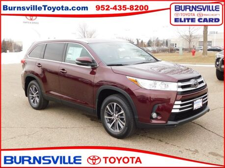 2019_Toyota_Highlander_XLE_ Burnsville MN