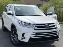 2019_Toyota_Highlander_XLE_ Decatur AL