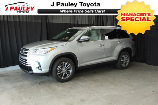 2019_Toyota_Highlander_XLE_ Fort Smith AR