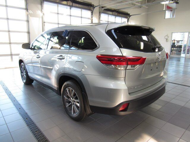 2019 Toyota Highlander XLE Green Bay WI
