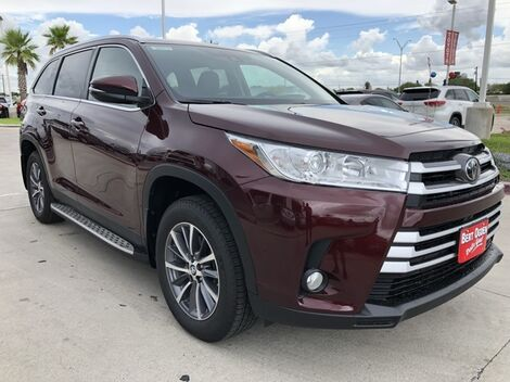 2019_Toyota_Highlander_XLE_ McAllen TX