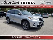 2019_Toyota_Highlander_XLE V6_ Fort Pierce FL
