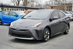 2019_Toyota_Prius_XLE_ Fort Wayne Auburn and Kendallville IN