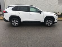 2019_Toyota_RAV4_LE FWD_ Decatur AL