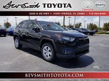 2019_Toyota_RAV4_LE_ Fort Pierce FL