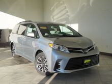 2019_Toyota_Sienna_LE 7-Passenger_ Epping NH