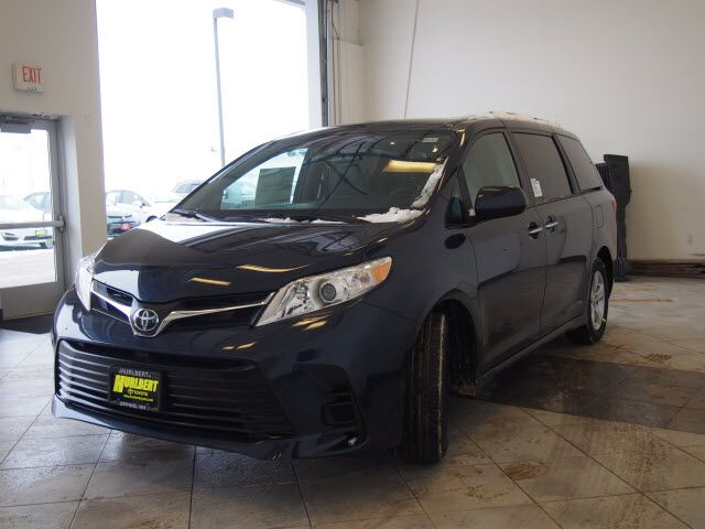 2019 Toyota Sienna LE 8-Passenger Epping NH