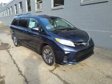 2019_Toyota_Sienna_LE_ Canonsburg PA