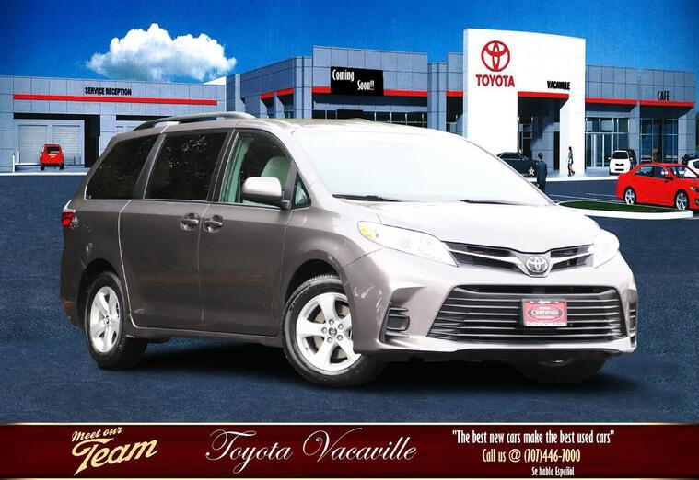 2019 Toyota Sienna LE Minivan Vacaville CA