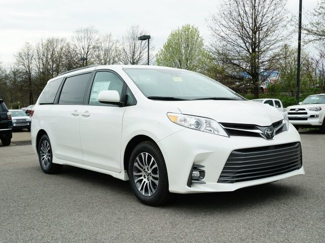 2019 Toyota Sienna XLE Cranberry Twp PA