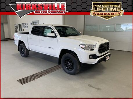 2019_Toyota_Tacoma 4WD_SR5 Double Cab 5' Bed V6 AT_ Kirksville MO