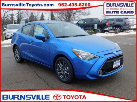 2019_Toyota_Yaris Sedan_4-Door LE Auto_ Burnsville MN