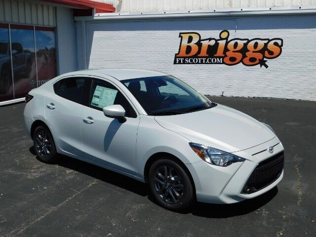 2019 Toyota Yaris Sedan LE Auto Fort Scott KS