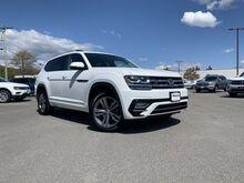 2019_Volkswagen_Atlas_3.6L V6 SE w/Technology R-Line_ Keene NH