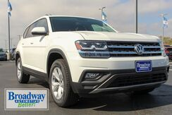 2019_Volkswagen_Atlas_SE 4Motion_ Green Bay WI