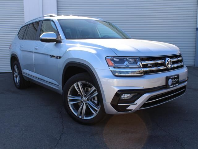 2019 Volkswagen Atlas SE w/Technology R-Line and 4Motion Van Nuys CA