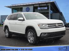 2019_Volkswagen_Atlas_V6 SEL Premium 4Motion w/Captains Chairs_ West Chester PA