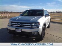 2019_Volkswagen_Atlas_V6 SEL Premium with 4MOTION®_ Lincoln NE