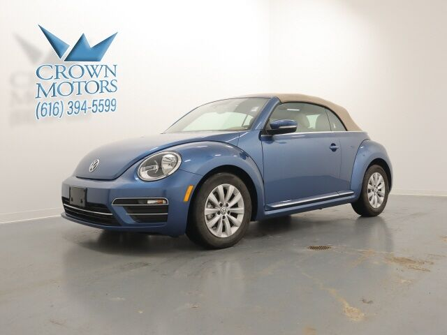 2019 Volkswagen Beetle Convertible 2.0T S Holland MI
