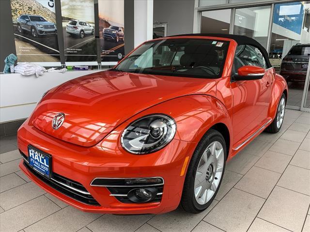2019 Volkswagen Beetle Convertible 2.0T SE Brookfield WI