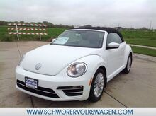 2019_Volkswagen_Beetle Convertible_Final Edition SE_ Lincoln NE