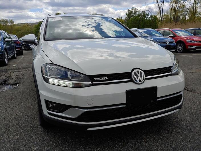 2019 Volkswagen Golf Alltrack 1.8T SE Manual Pittsfield MA