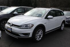 2019_Volkswagen_Golf Alltrack_SE/6Speed_ Seattle WA