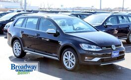 2019_Volkswagen_Golf Alltrack_TSI S 4Motion_ Green Bay WI