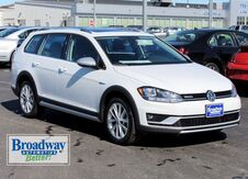 2019_Volkswagen_Golf Alltrack_TSI SE 4Motion_ Green Bay WI