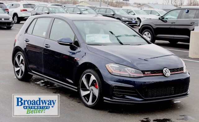 2019 Volkswagen Golf GTI 2.0T SE Green Bay WI