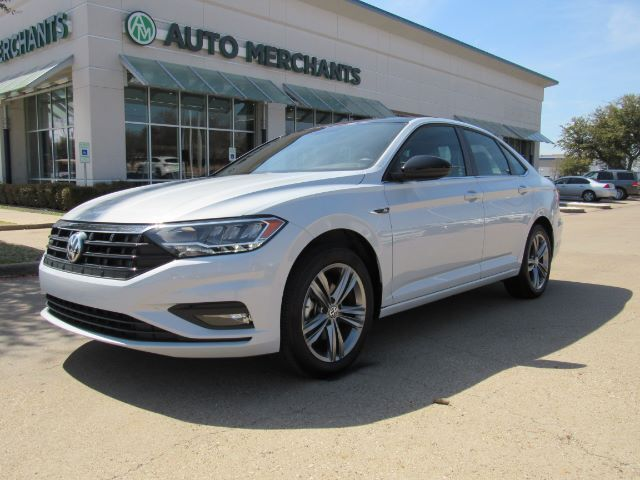 2019 Volkswagen Jetta 1.4T R-Line 8A *** MSRP $23,845*** Sun/Moonroof, Leatherette , Back-Up Camera, Blind Spot Monitor Plano TX