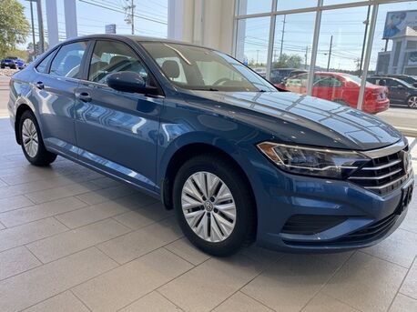 2019_Volkswagen_Jetta_1.4T S ** 0% FINANCING AVAILABLE ** ONLY 12,000 MILES **_ Salisbury MD