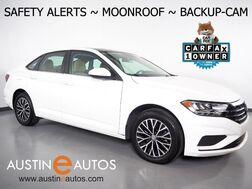 2019_Volkswagen_Jetta SE_*BLIND SPOT ALERT, COLLISION ALERT w/BRAKING, BACKUP-CAMERA, TOUCH SCREEN, MOONROOF, HEATED SEATS, KEYLESS ENTRY/START, BLUETOOTH, APPLE CARPLAY_ Round Rock TX