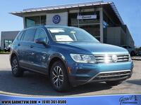 Volkswagen Tiguan 2.0T SE 4Motion w/Pano Roof & 3rd Row 2019