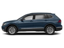 2019_Volkswagen_Tiguan_S with 4MOTION®_ Green Bay WI
