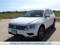 Volkswagen Tiguan SEL with 4MOTION® 2019