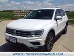 2019 Volkswagen Tiguan SEL with 4MOTION