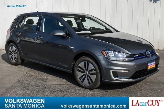 2019_Volkswagen_e-Golf_4-Door SE_ Santa Monica CA