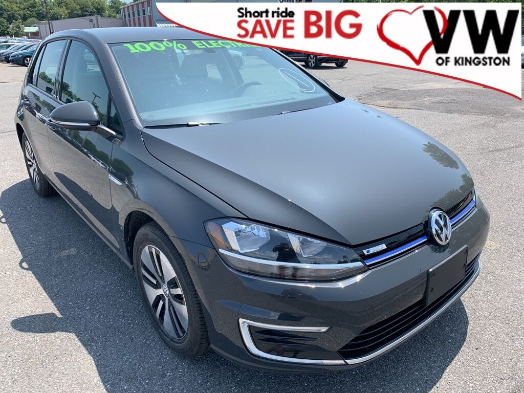 2019_Volkswagen_e-Golf_SE_ Kingston NY
