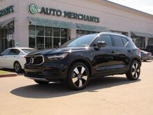 2019_Volvo_XC40_T5 Momentum AWD LEATHER, PANORAMIC SUNROOF, ADAPTIVE CRUISE CONTROL, AUTOMATIC PARKING, BACKUP CAM_ Plano TX