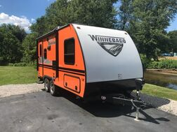 2019_Winnabego_Micro Minnie 1808FBS_Travel Trailer_ Middlebury IN