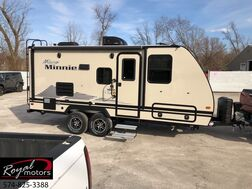 2019_Winnebago_2106DS_MICRO MINNIE_ Middlebury IN