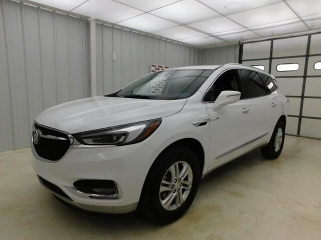2020 Buick Enclave FWD 4dr Essence Manhattan KS