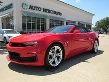 2020_Chevrolet_Camaro_2SS Convertible HUD, BOSE, APPLE CAR PLAY,  BACKUP CAM, HEATED & COOLED SEATS_ Plano TX